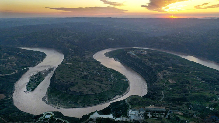 跟著總書記學歷史 黃河之水天上來