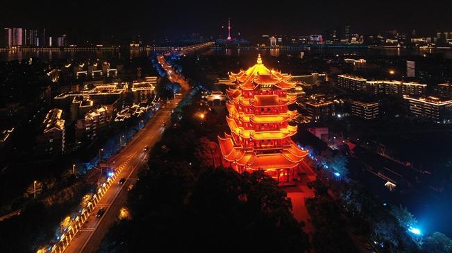 武漢:燈光璀璨夜色美