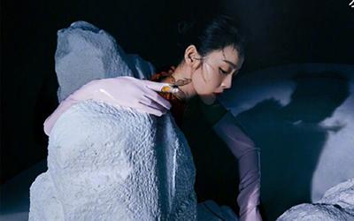 张佳宁优雅大片 置身梦幻世界与蝶共舞
