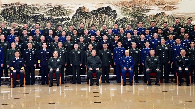 習近平接見全軍思想政治教育工作會議代表