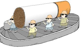 桃園機場查獲夾帶9800條香煙