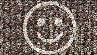 百張笑臉繪就幸福生活