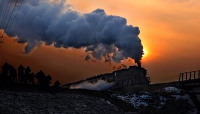 """走進第十一屆國際蒸汽機車旅遊節 探秘最後的""""蒸汽巨龍"""""""