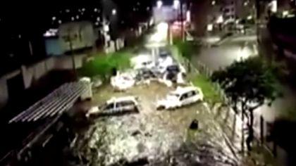 秘魯南部遭洪水侵襲 街道多處被淹
