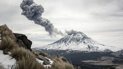 墨西哥波波卡特佩特火山再度噴發