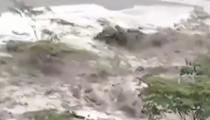 秘魯:洪水卷走房屋樹木 威脅馬丘比丘