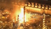 美國西海岸最大煉油廠爆炸後起火