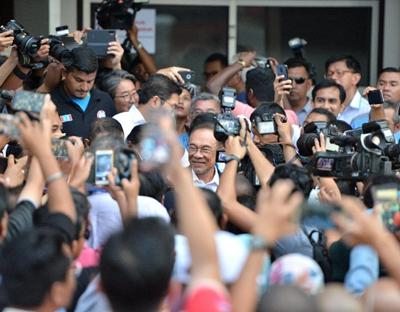 馬來西亞:馬哈蒂爾辭職後首次表態願再任總理