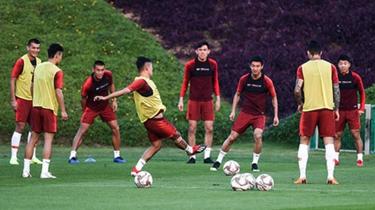 國足熱身賽:中國隊5比3阿布扎比統一隊