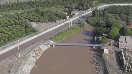 博斯騰湖今年首次向孔雀河中下遊生態輸水