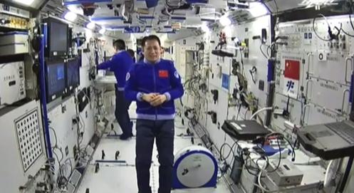 聶海勝成為首位在軌100天的中國航天員