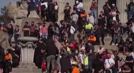 澳大利亞墨爾本反疫苗接種示威遊行持續多日