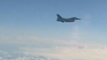 北約戰機企圖空中靠近俄防長座機