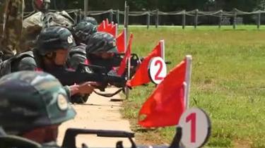 武警雲南總隊:特戰隊員接受實戰化考核