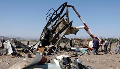沙特領導的多國聯軍空襲也門首都薩那機場:機場導航係統在空襲中被完全破壞
