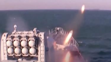 海軍多艘驅護艦海上實戰化訓練考核