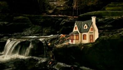 英海島現眾多神奇微型小屋