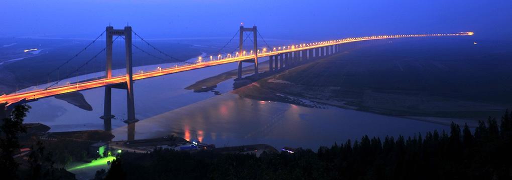 新華VR帶您走近桃花峪黃河大橋展館