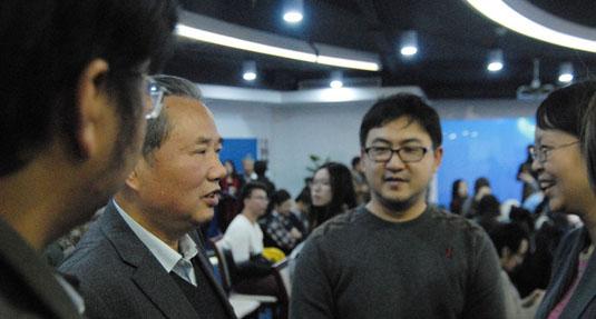 彭光謙將軍和本網記者編輯交流