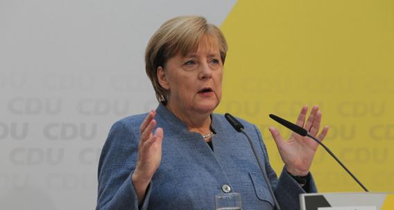 """已在難民政策上""""妥協"""" 默克爾組閣長路到底多難走?"""