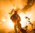 加州野火持續燃燒