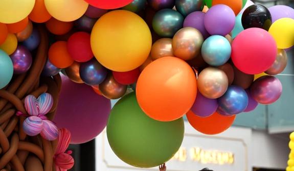 """新加坡舉辦""""夢幻動物園""""氣球展"""