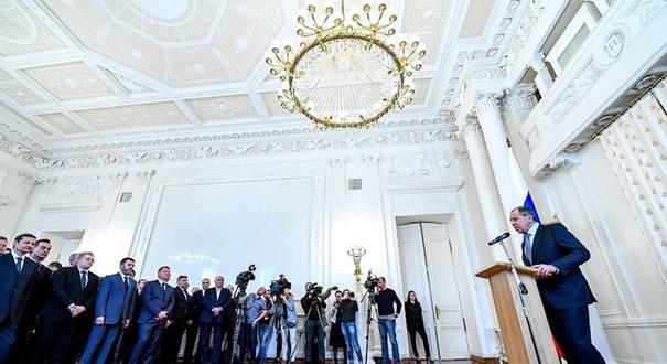 俄外长会见遭英国等国驱逐的外交官