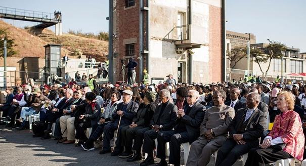 南非舉辦紀念曼德拉百年誕辰行走活動 安南等政商界名人出席