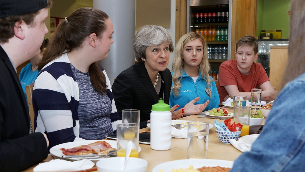 英首相特雷莎·梅與北愛爾蘭年輕人舉行會談