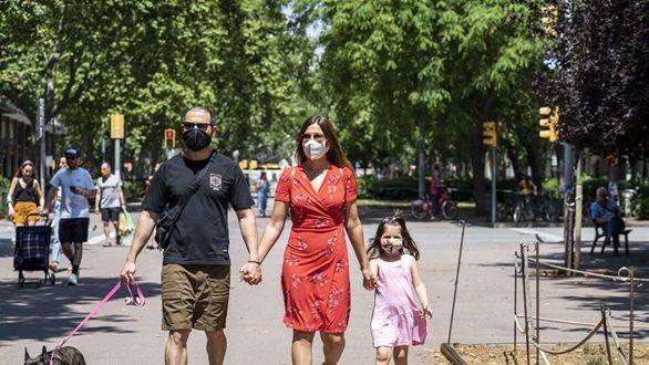 西班牙加區:公共場所必須佩戴口罩