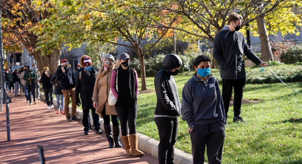 美國華盛頓:排隊檢測