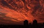 克羅地亞日落風情 火燒雲染紅半邊天