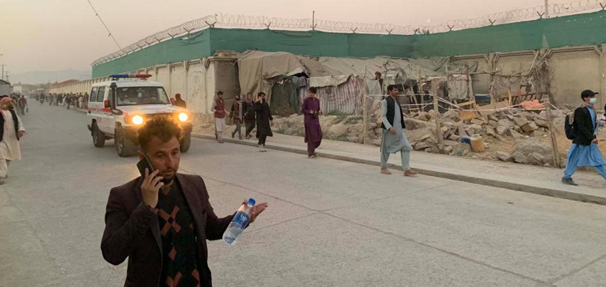 全球连线   喀布尔连环爆炸 驻阿美军遭遇10年来最严重袭击