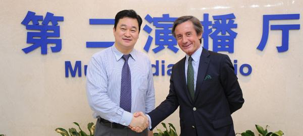 新華網總裁田舒斌歡迎聯合國副秘書長朗斯基到訪