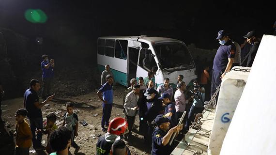 埃及一列車與大巴相撞致2死6傷